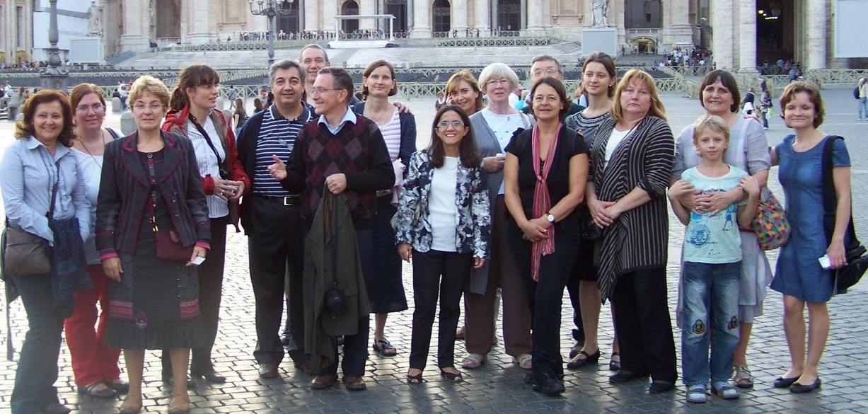 Group picture of members of EIFLE during the General Assembly 2010