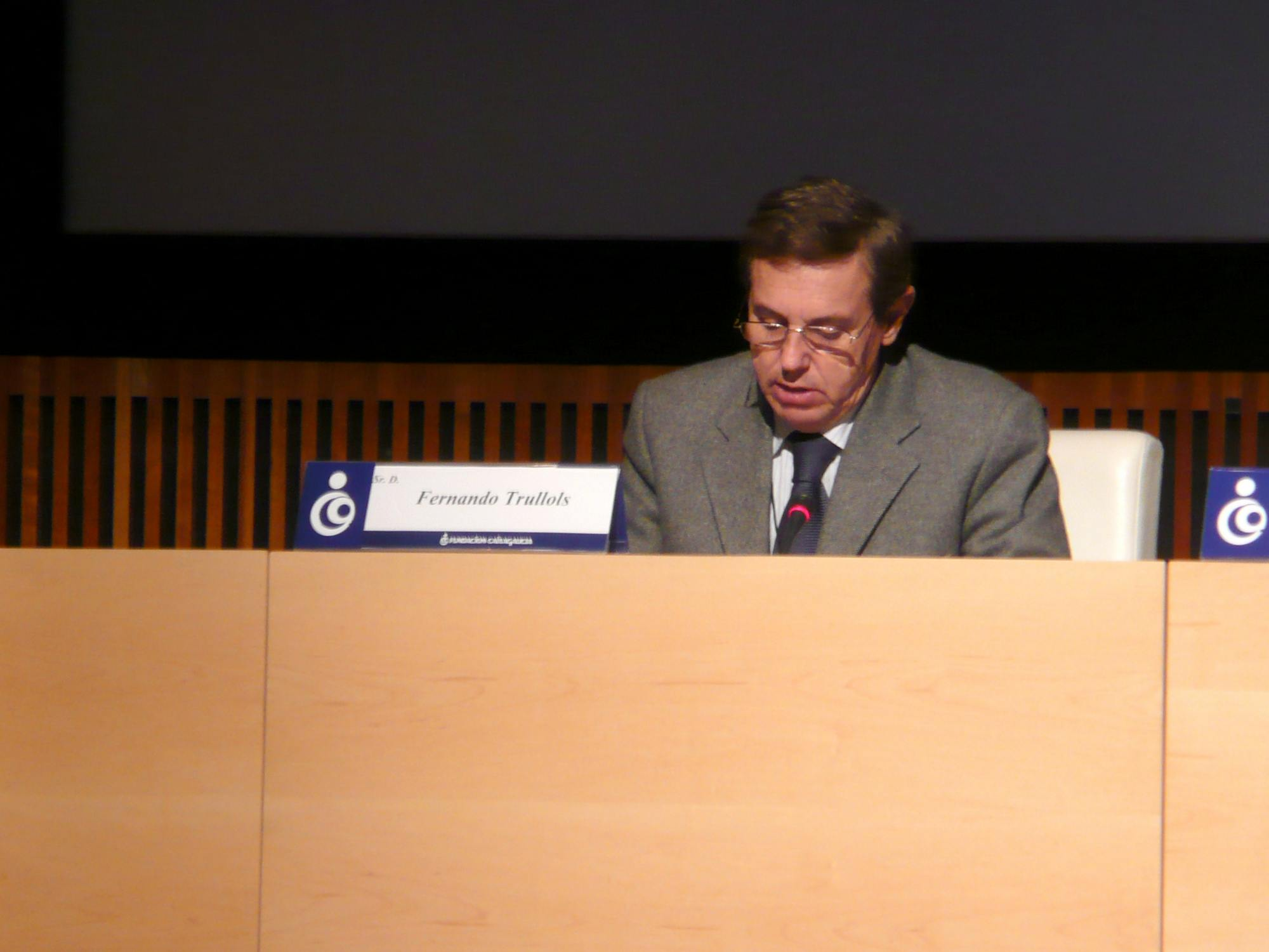Fernando Trullols during the introduction of th Congress 2010